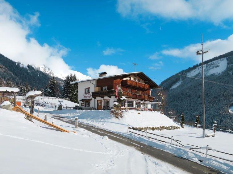 Ferienwohnung Jausenstation Almluft (SUZ273) in Stumm im Zillertal - 11 Personen, holiday rental in Stummerberg
