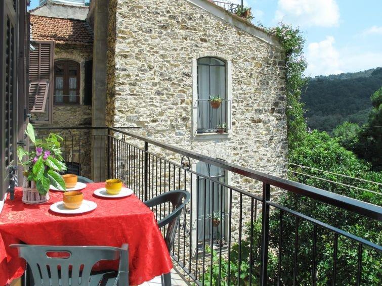 Ferienhaus Casa Simona (DOL134) in Dolcedo - 4 Personen, 2 Schlafzimmer, holiday rental in Torre Paponi