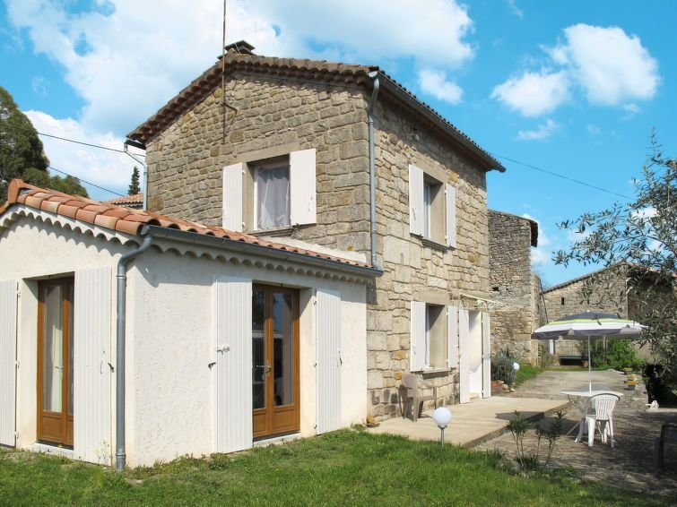 Vacation home in Montreal, Ardèche - 2 persons, 1 bedroom, holiday rental in Uzer
