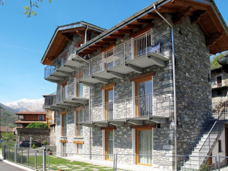 Apartment Casa Margherita  in Gravedona (CO), Lake Como - 4 persons, 2 bedrooms, casa vacanza a Dosso del Liro