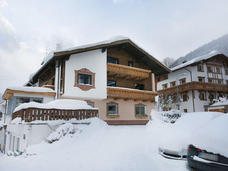 Apartment Haus am Schönbach  in St.Anton/St.Jakob, Arlberg - 7 persons, 3 bedro – semesterbostad i Landeck