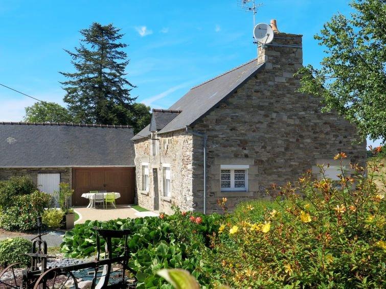 Vacation home in Matignon, Côtes d'Armor - 4 persons, 2 bedrooms, alquiler vacacional en Saint-Cast le Guildo