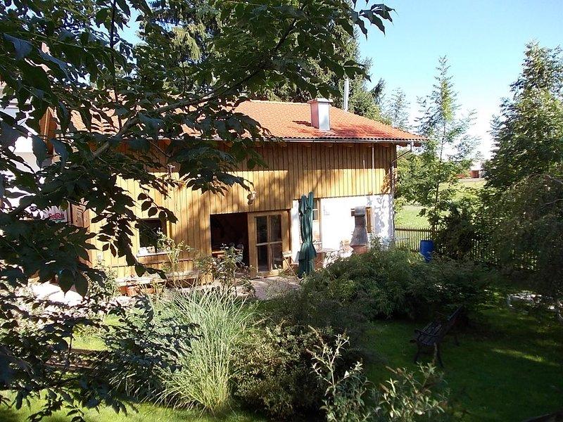 ***** Ferienhaus Spazzacamino - 5 Sterne ..... und ein wenig mehr, casa vacanza a Aitrach
