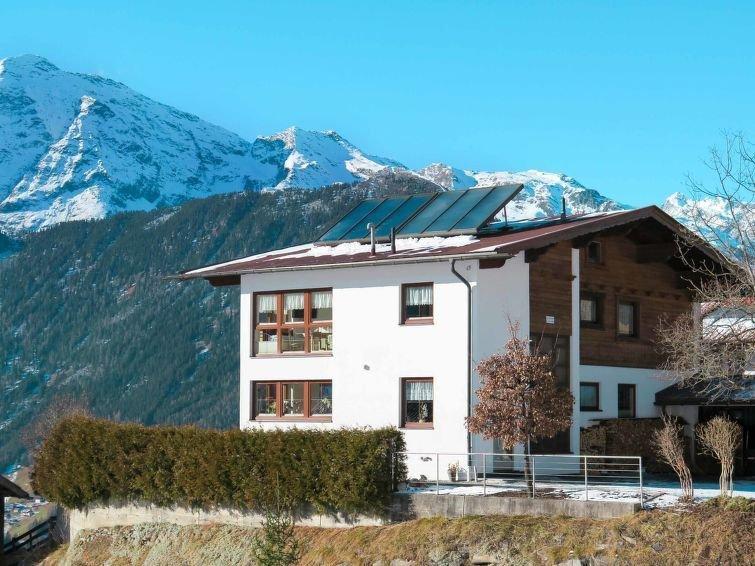 Apartment Haus Panorama  in Umhausen, Oetz Valley / Ötztal - 3 persons, 1 bedro, holiday rental in Niederthai