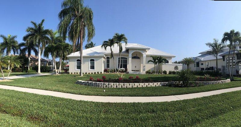 Relaxing 4 Bedroom - Walk to South Beach, alquiler de vacaciones en Goodland