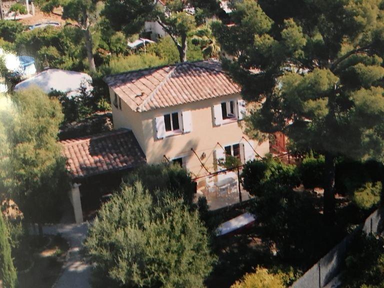 LOCATION PROPRIETE CEYRESTE, vacation rental in Ceyreste