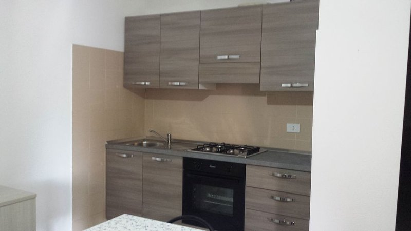 Appartamento San Teodoro, vacation rental in Suaredda-Traversa