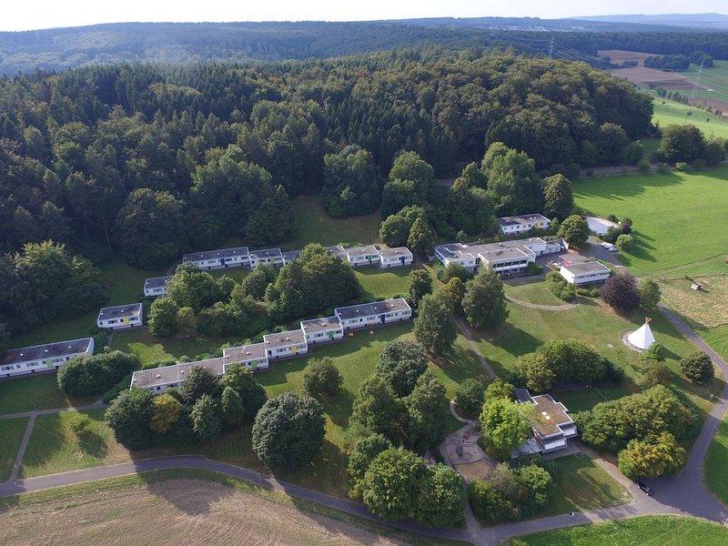 Geräumiges lichtdurchflutetes Ferienhaus für 4 Personen, location de vacances à Welschneudorf