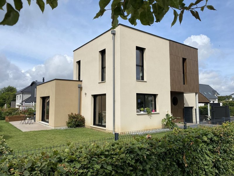 Maison d'Architecte à Belbeuf située à 7' de Rouen, location de vacances à Poses