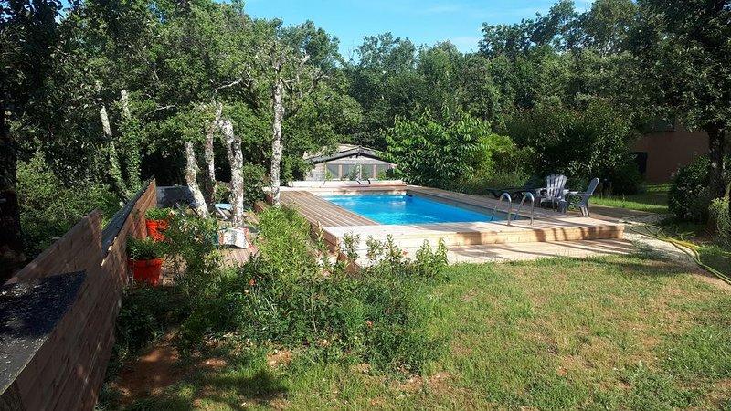 Gîte d'Olivier jacuzzi - Charmant cocon au calme et en pleine nature., vacation rental in Barjac