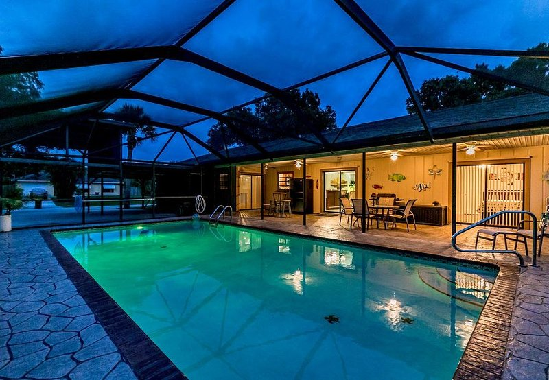 ��Suite Paradise! 3/4, Heated Pool, Boat/RV Parking, Fenced Yard,Near Beaches!, vacation rental in Sebastian