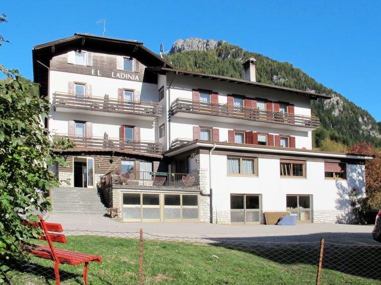 Ferienwohnung El Ladinia (ENA504) in Moena - 6 Personen, 2 Schlafzimmer, vacation rental in Moena