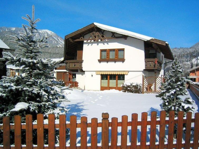 Ferienwohnung Christine (LFD206) in Längenfeld - 5 Personen, 2 Schlafzimmer, vacation rental in St. Leonhard im Pitztal