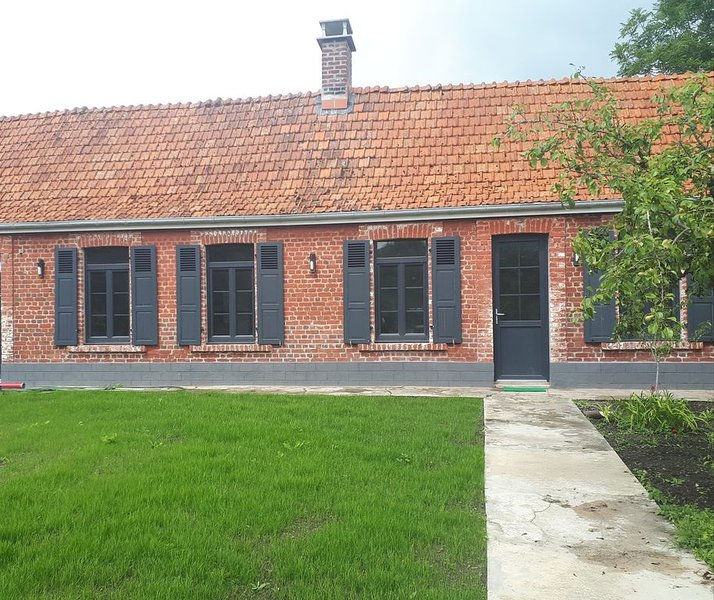 Gite La longère  maison 80 m2, holiday rental in Ardres