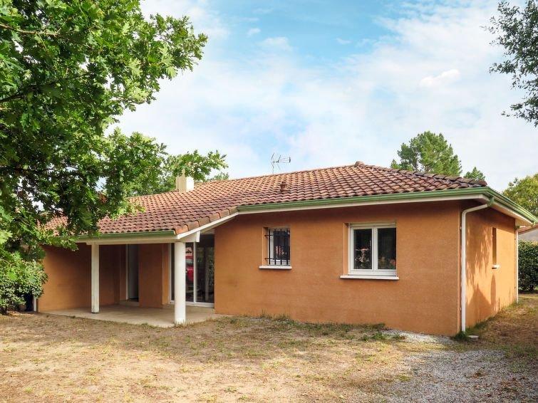 Ferienhaus La Lette II (CON171) in Contis Plage - 6 Personen, 3 Schlafzimmer, holiday rental in Saint-Julien-en-Born