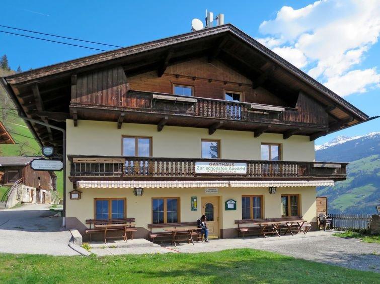 Ferienhaus Zur Schönsten Aussicht (ZAZ420) in Zell am Ziller - 23 Personen, 11 S, aluguéis de temporada em Zell im Zillertal