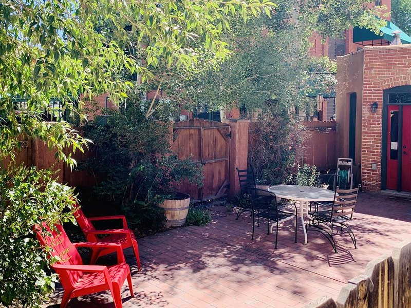 Rocco's By The River Downtown Salida, CO. STR #0227 STX-ID ********, vacation rental in Salida