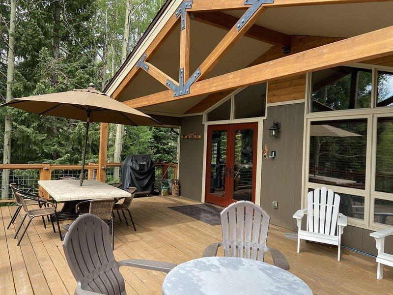 "LOCATION! VIEWS! ""The Cabin"" on Peak 7!, vacation rental in Breckenridge"