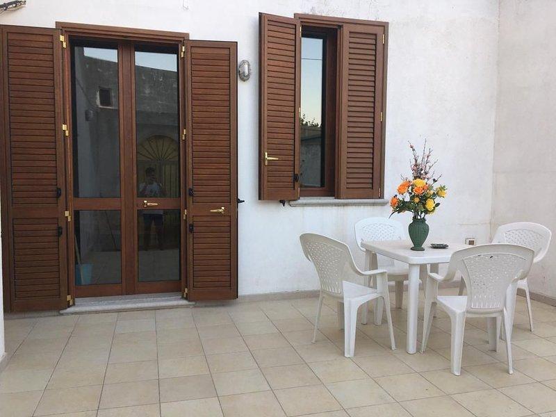 AFFITTO CASAVACANZE NEL CUORE DEL SALENTO, holiday rental in Gagliano del Capo