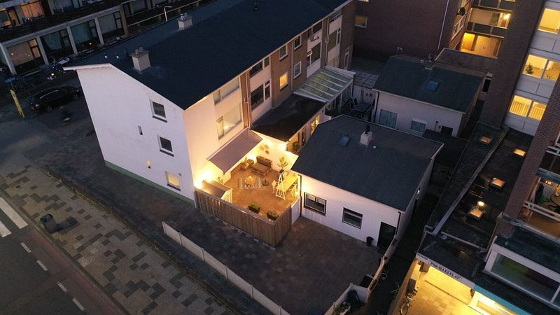 Beachhouse Parallel 90, holiday rental in Katwijk