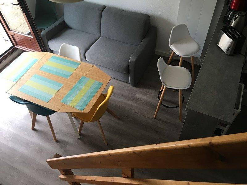 Duplex refait entièrement à neuf de 31 mètres carrés, à la décoration soignée, vacation rental in Fontaine-Henry