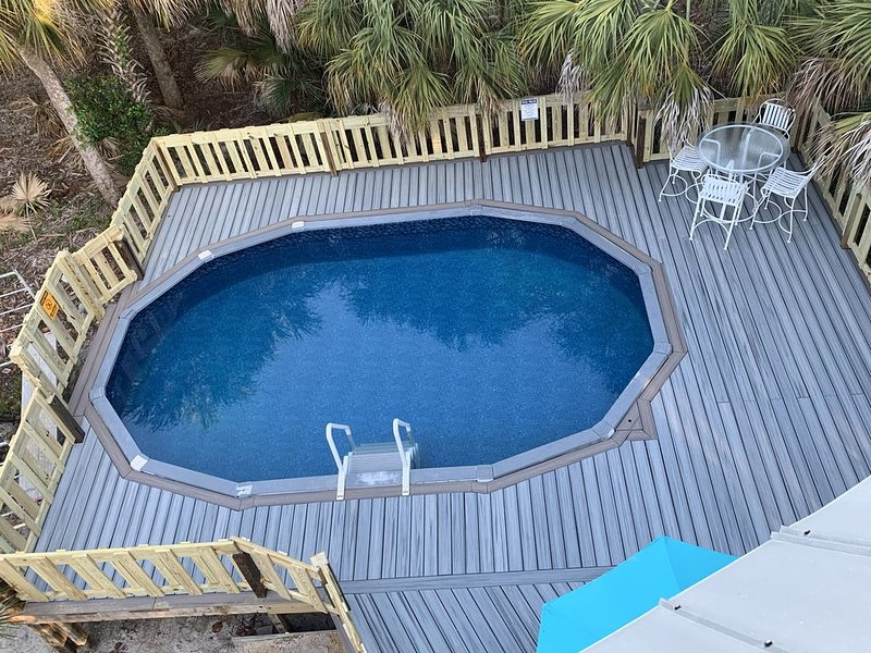 Perfect Beach, Private Pool and Hot tub.  Best Beach Sunset Views on the Island., holiday rental in Pineland