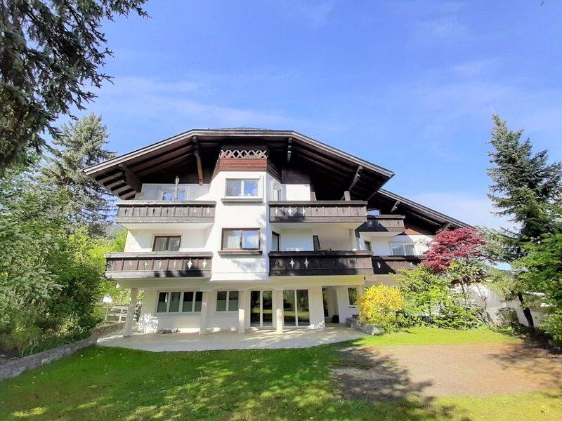 Inviting Holiday Home in Altenmarkt im Pongau with Sauna, holiday rental in Altenmarkt im Pongau