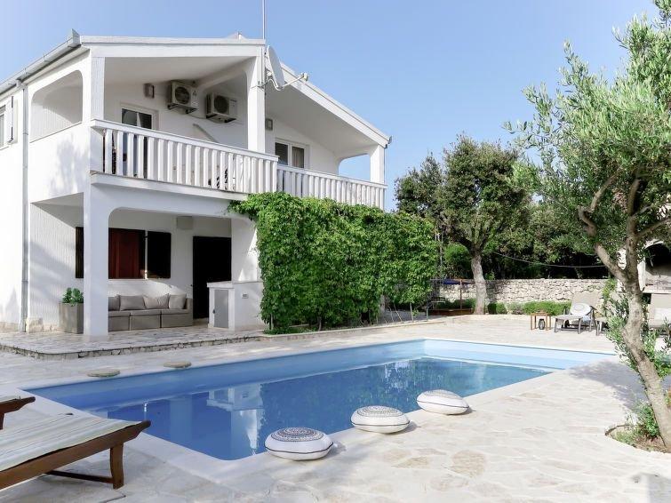 Ferienhaus Neka (TGR615) in Trogir - 11 Personen, 4 Schlafzimmer, vacation rental in Sevid