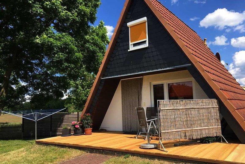 Ferienhaus in Seenähe mit Terrasse, Anglerurlaub, Radwandern, casa vacanza a Muhl Rosin