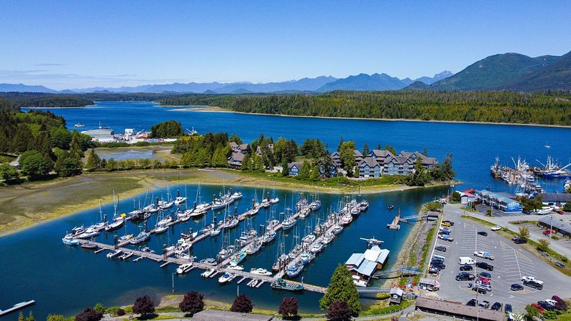 Marina side - The Moorage, vacation rental in Barkley Sound