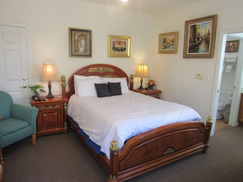 Queens Beach Retreat, holiday rental in Oceano