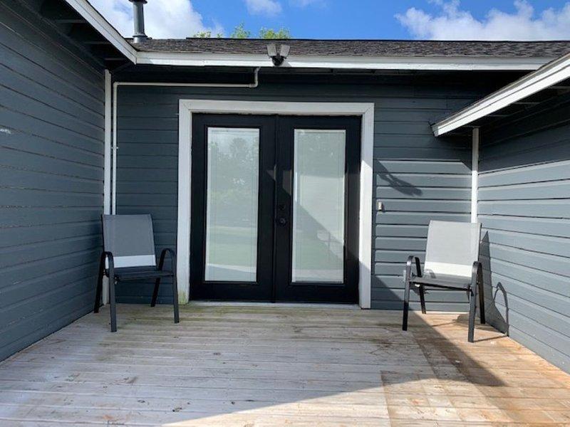 Coastal Bliss - House close to Surfside & Quintana beach and parks, alquiler vacacional en Brazoria