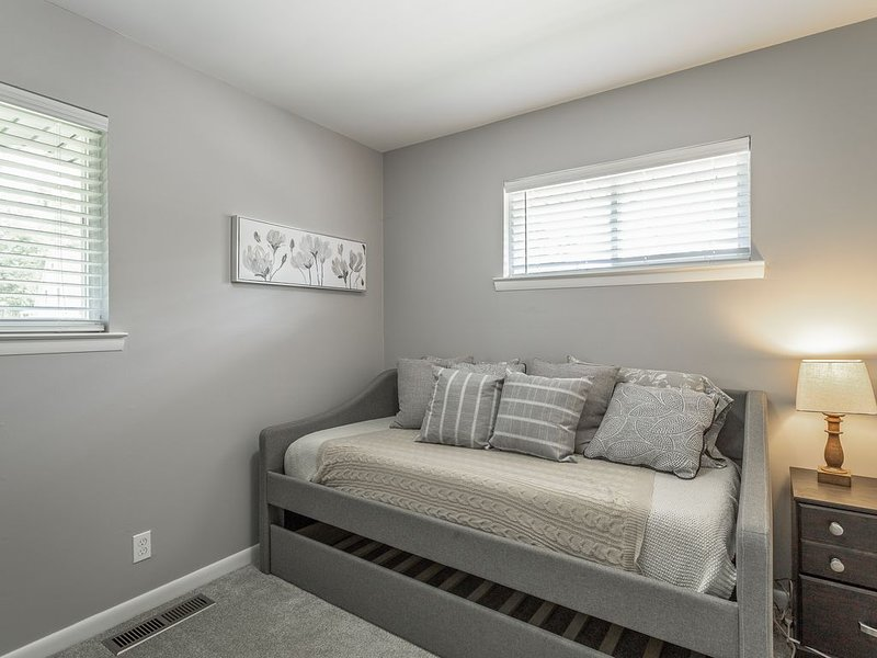 New Cozy Rancher | Close to Downtown!, aluguéis de temporada em Chattanooga