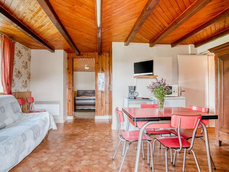 Beautiful Holiday Home near Forest in Vagney, location de vacances à Rochesson