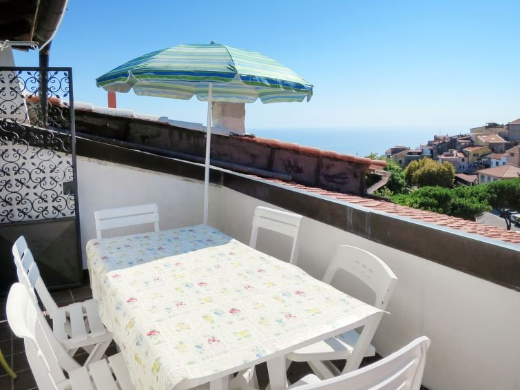 Vacation home Le Antiche Volte  in Cipressa, Liguria: Riviera Ponente - 6 perso, holiday rental in Cipressa