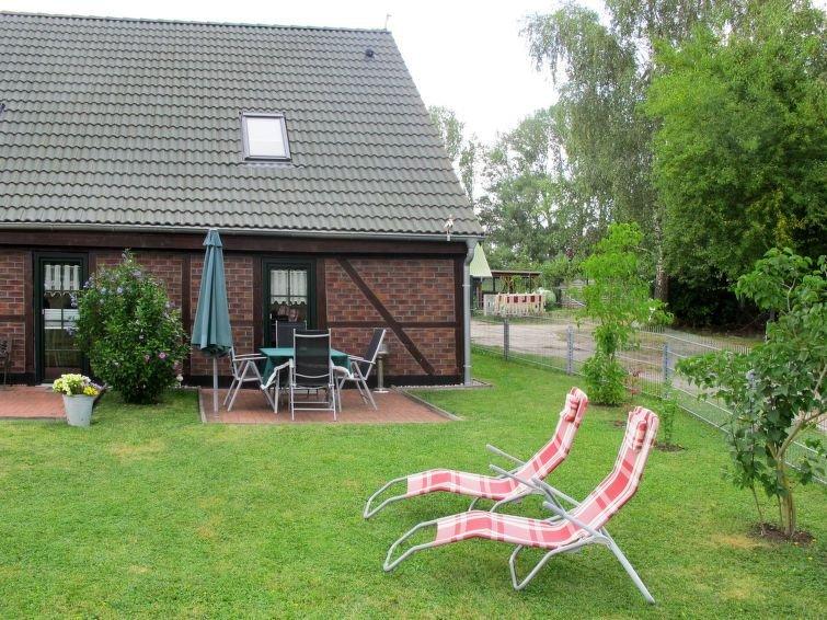 Ferienhaus Kiebitz (UMZ115) in Ummanz - 4 Personen, 2 Schlafzimmer, holiday rental in Lieschow