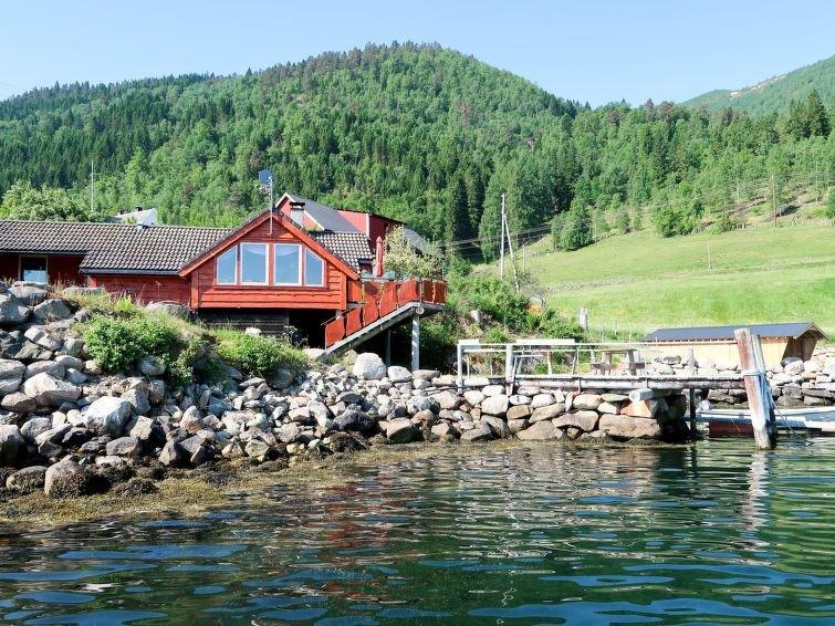 Ferienhaus Tussviki (FJS020) in Balestrand - 5 Personen, 3 Schlafzimmer, holiday rental in Fjaerland