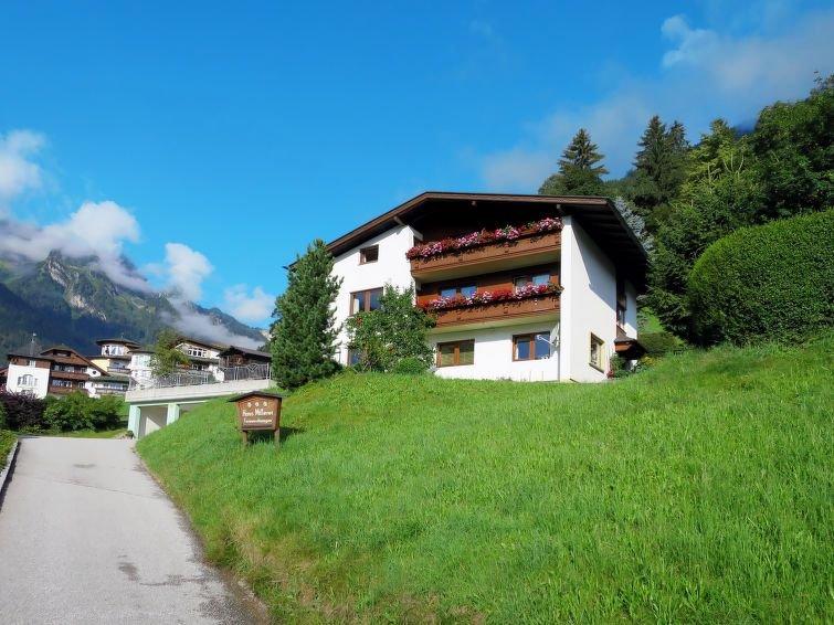 Ferienwohnung Mitterer (FBZ170) in Finkenberg - 6 Personen, 2 Schlafzimmer, holiday rental in Astegg