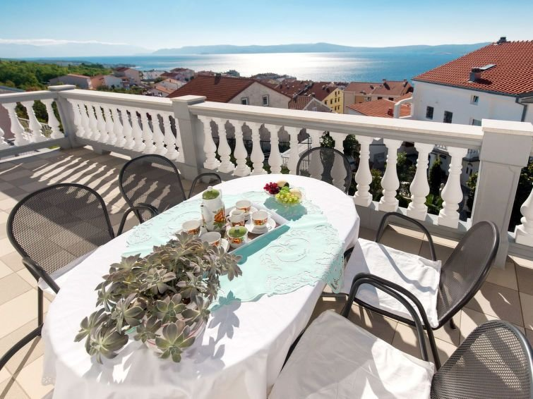 Apartment Haus Brzic  in Crikvenica, Kvarner Bay - 7 persons, 4 bedrooms, holiday rental in Crikvenica
