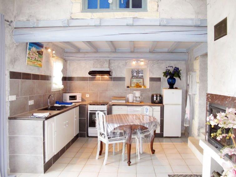 Ferienhaus L'Amandier (VRS100) in Valreas - 4 Personen, 2 Schlafzimmer, vacation rental in Valreas