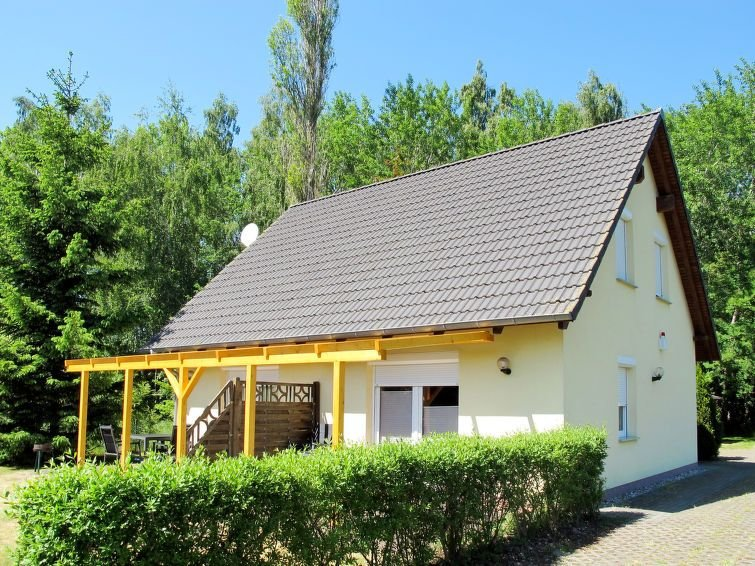 Vacation home Ferienhaus Siebeneichen  in Karlshagen, Usedom - 4 persons, 2 bed, vacation rental in Trassenheide