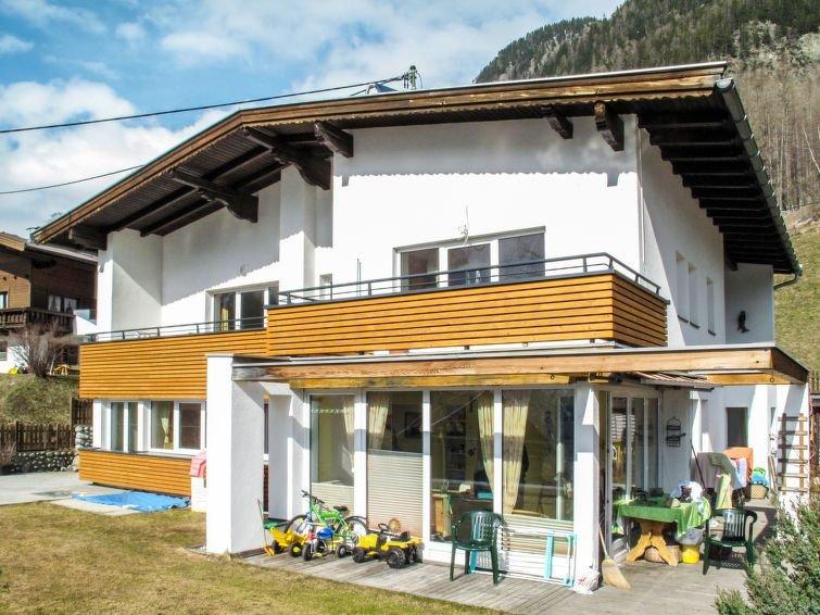 Ferienwohnung Aktiv (HBN220) in Huben - 2 Personen, 1 Schlafzimmer, holiday rental in Oberlangenfeld