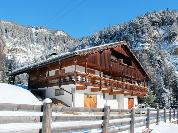 Apartment Casa Walter  in Vigo di Fassa, Dolomites - 5 persons, 2 bedrooms, casa vacanza a Nova Levante