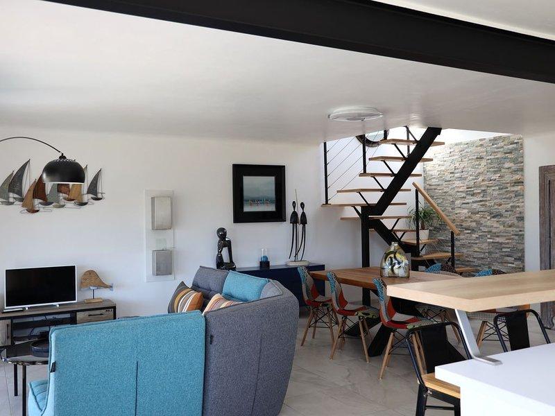 AZUR, maison moderne vue mer, alquiler de vacaciones en Surzur