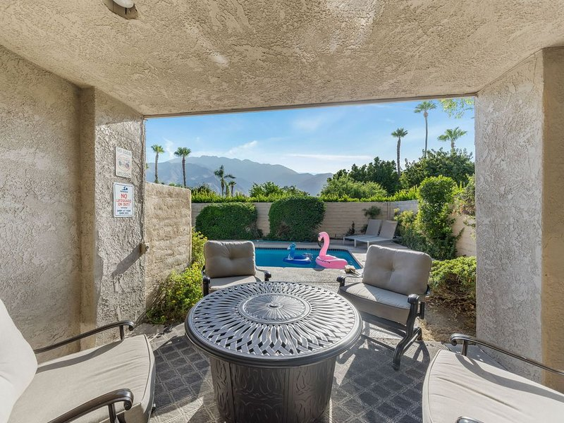 Desert Home with PVT Pool, vacation rental in North Palm Springs