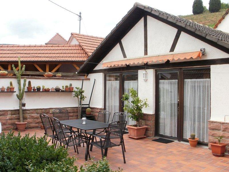 'Apartments-am-Rebengarten'  in St. Martin, holiday rental in Rhodt unter Rietburg