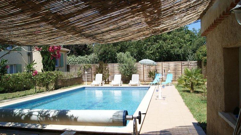 Gîte labellisé 2 clés par Clévacances Vaucluse et chèques vacances ANCV, holiday rental in Pierrelatte