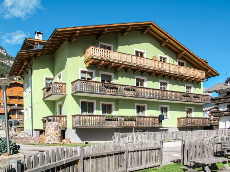 Ferienwohnung Chiara - Ciampedie (PFS236) in Pozza di Fassa - 6 Personen, 2 Schl, holiday rental in Mazzin