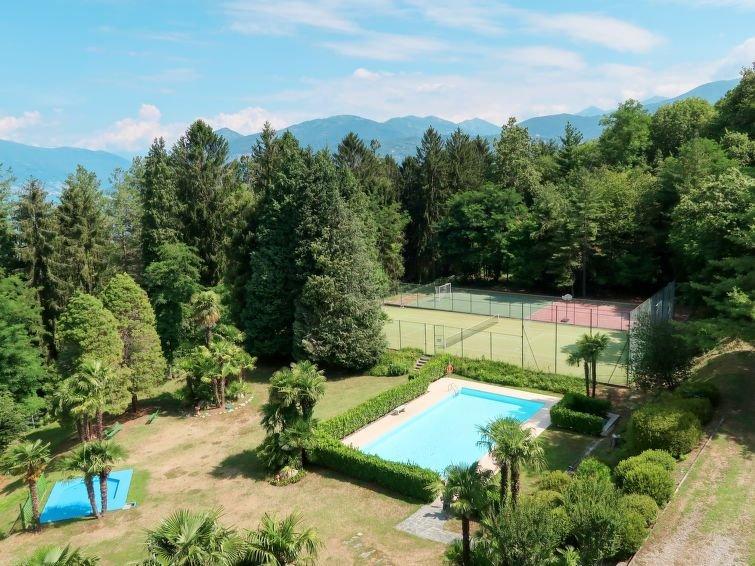 Ferienwohnung Euroville (LUI152) in Luino - 2 Personen, 1 Schlafzimmer, holiday rental in Germignaga