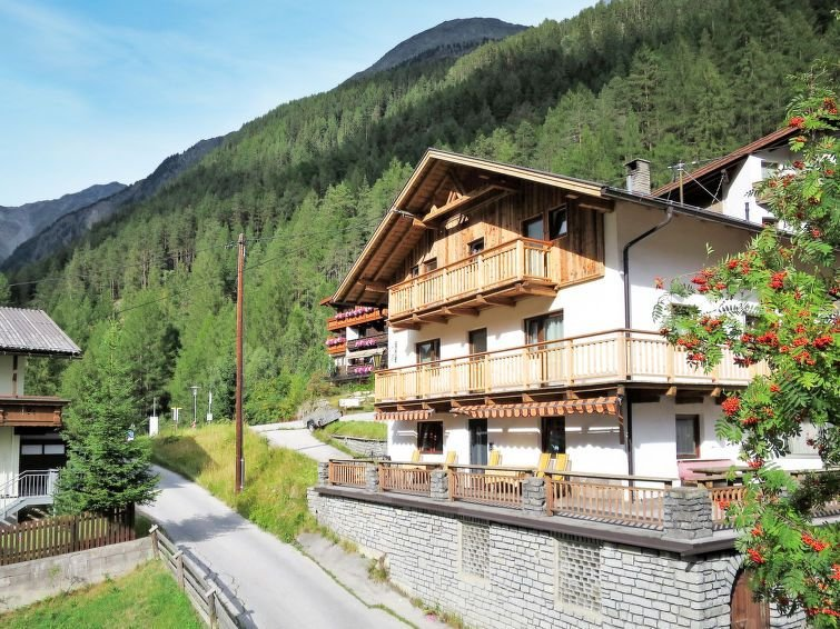 Ferienhaus Kleewein (SOE215) in Sölden - 19 Personen, 10 Schlafzimmer, holiday rental in Solden